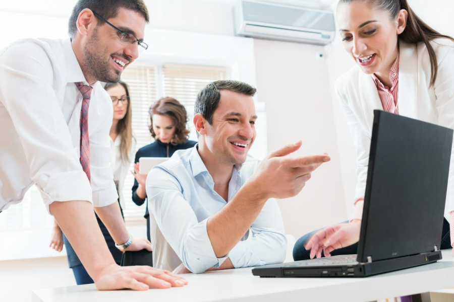 Menadžerski izvještaji su pregledni i korisni. menadžerski izvještaji štede vrijeme i pomažu u donošenju odluka.